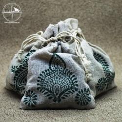 Patchoulisäckchen aus Leinen, handbedruckt