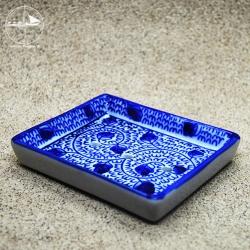 Seifenablage mit blauen Ranken