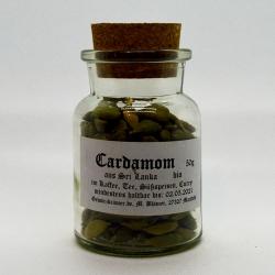 Cardamom, mit Schale, ganz